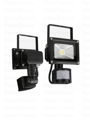 10W LED bouwlamp / Floodlight warm wit (Zwarte behuizing) + sensor